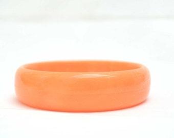 Orange Bangle, Acrylic Bangle, Vintage Bangle, Orange Acrylic Bangle, Retro Bangle, Vintage Bracelet