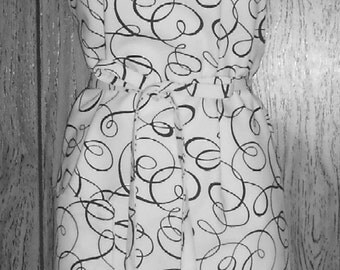 Apron Cotton Mill Creek Fabric full size White with Black Swirls one pocket Adjustable neck loop washable