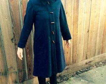 Vintage 1970's navy blue heavy duty jacket/cloak womens size small/medium