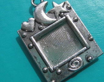 Photo Frame silver  Moon and Stars Celestial Charm x 1 piece destash item