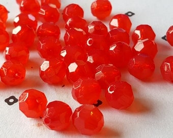 10mm Acrylic Red Faceted Round Beads (40)