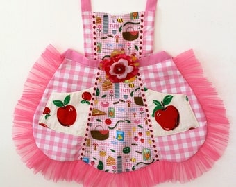 Apple Picnic Apron, toddler apron, girls apron