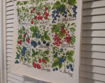 Vintage Linen Tea Towel/ Dish Towel - Berry Tea Towel/ Dish Towel