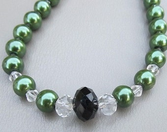 Green glass pearl bridesmaid necklace GREEN MEADOW