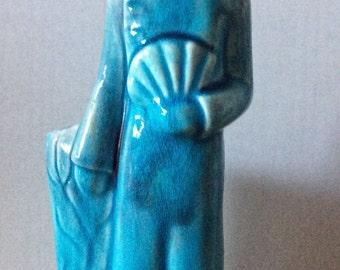Vintage slender blue Chinese lady vase with fan