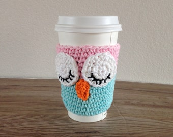 Crochet sleepy owl cup cozy in pink and light blue