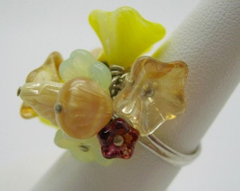 Sunny Yellow Beaded Flower Ring