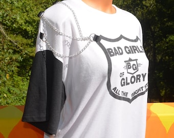 vintage 80s t-shirt BAD GIRLS glory chain applique shoulder pads women's tee Large suzy phillips