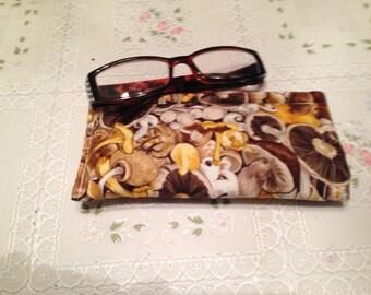 Sun or Reading Glasses Holder