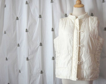Vintage Womens Ivory White Quilted Nylon Puffy Vest, Studio Works, Size Extra Large, XL