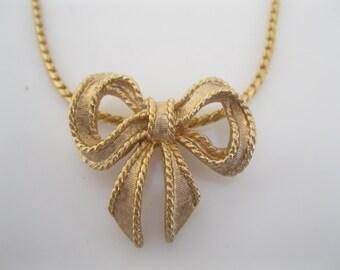 Vintage Avon bow necklace