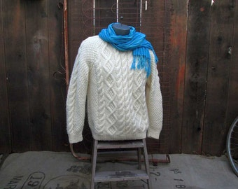 Irish Wool Sweater Vintage Aran handknit pullover chunky knit Vintage Fisherman Sweater cream Cable knit Pullover L