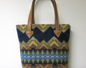 Tote Bag Bucket Bag Purse Wool Caramel Brown Leather 5 Pockets American Treasure Blanket Wool from Pendleton Oregon