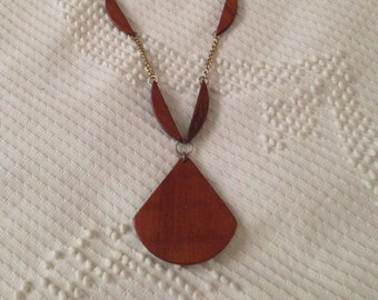 Vintage 1970s Gold and Wood Necklace