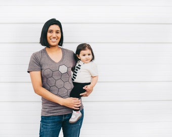 Mother's Day gift, Matching Mother Daughter or Son Shirts, parent child family shirts, mommy and me outfit, mom and baby, Honey Bee and Hive
