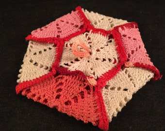 Vintage Pink, Fuchsia and White Hexagon Potholder