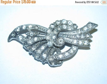 ON SALE Vintage 1940's Costume Jewelry Rhinestone Brooch , Elegant Rhinestones, retro 40's antique unique style design from Galveston Island