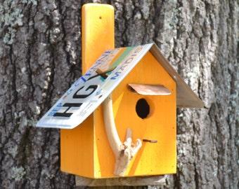 Hanging Wrenhouse - Apricot - Primitive Birdhouse - Rustic Birdhouse