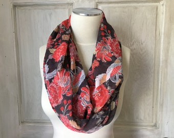 Infinity Scarf Brown Posy