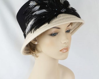 Vintage 90s Cloche Style Hat Black and White Feathered by Michelle NWT Sz 23