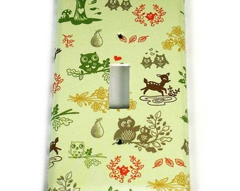 Nursery Single Toggle Switch Plate in Woodland Friends   (143S)
