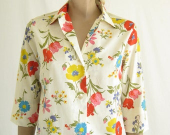 Vintage 60's Dead Stock Floral Blouse. Size Small