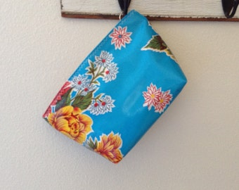 Beth's Medium Blue Mum Oilcloth Cosmetic Bag