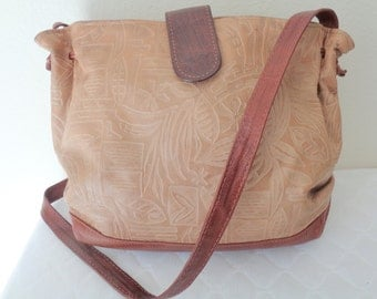 Thick 2 tone textured leather cross body bag satchel purse  hobo vintage  90s awesome