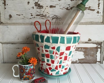 Broken China Mosaic Flower Pot - Red and Teal Argyle
