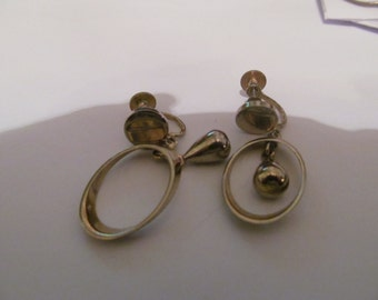 oval with tear drops