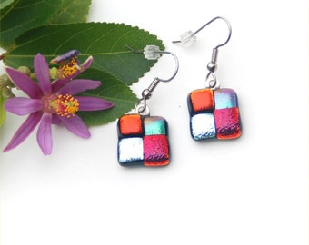 18 Fused dichroic glass earrings, foursquare orange-red, purple-red, silver.