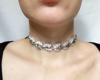 Vintage silvertone choker necklace