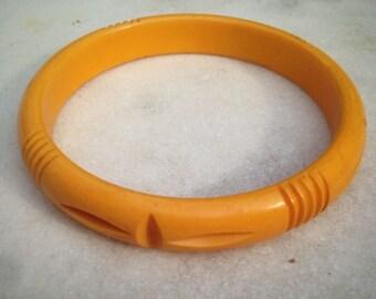 Authentic Bakelite Butterscotch Carved Bangle Bracelet