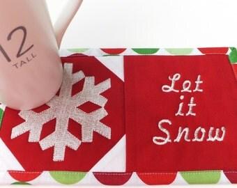 In the Hoop Festive Mug Rug Machine Embroidery Designs 511sbd and Festive Mug Rug Sewing Directions in PDF