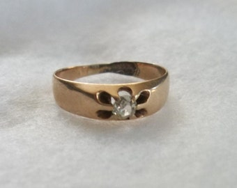 Vintage 10K Gold Baby Ring with Diamond Estate Item Has been repaired.