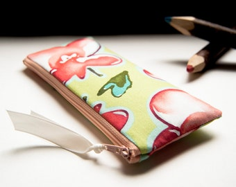 FREE SHIPPING, Cosmetic Clutch bag, Green eyeglasses case, handmade cosmetic clutch, pencil case