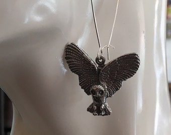 Owl in flight pewter pendant earrings made with lead fee Australian Pewter