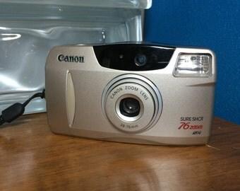 Canon Sure Shot 76 Zoom 35mm camera