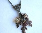 Celtic Knot, Oak Leaf Acorn Necklace, Autumn Jewelry, Celtic Knot Necklace, Fall Fashion Accessories, Acorns, Leaf Necklace, Copper Jewelry