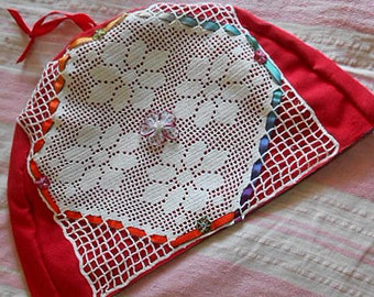 RED Cotton TEAPOT COSY Crochet Roses with Woven Ribbons Rosettes Organdy Flower, Cozy Cottage Tea Making Flannel Lining 9 x 12 Chic Gift