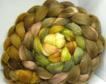 Organic Polwarth/Bombyx 80/20 Roving Combed Top 5oz - Bowtruckle 2