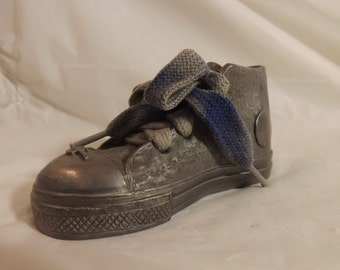FREE SHIPPING rare shoe paper weight US Bank (Vault 5)