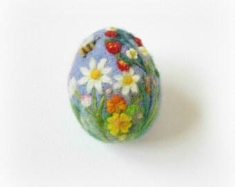 Easter Egg,Needle felted egg,Spring Ornament,Needle Felted Easter Egg with Flowers,Miniature Original Art