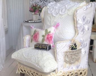 Dollhouse Miniature HandmadeLace Chair 1/12 Scale