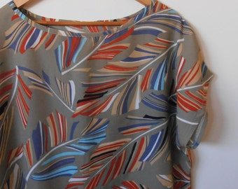 feathers...vintage fabric loose fit 1980s style top