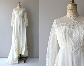 Cadi wedding gown | vintage 1970s wedding dress | 1970s wedding dress