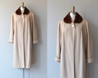 Rodbourne House coat | vintage 1950s coat | fur collar 50s coat