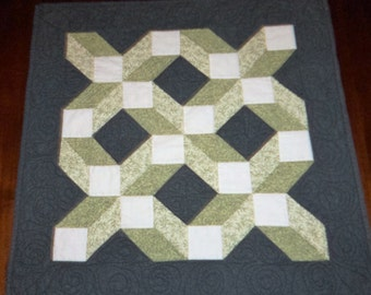 Fabric Wall Art, Illusion Quilt, Quilted Wall Hanging, Green Cube Lattice,  Machine Quilted, 26x26 Inches, Quilted Table Runner