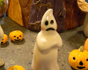 Ceramic Ghost  Grumpy the  GHOST   Boo   terrarium miniature glazed Pottery . Spooky Boo Goblins Halloween decor safe Outside