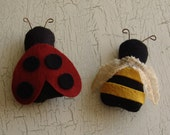 Lady Bug and Bee ornaments, woolfelt pattern, softie pattern, mini lady bug, mini bee, ornament or doll holdable